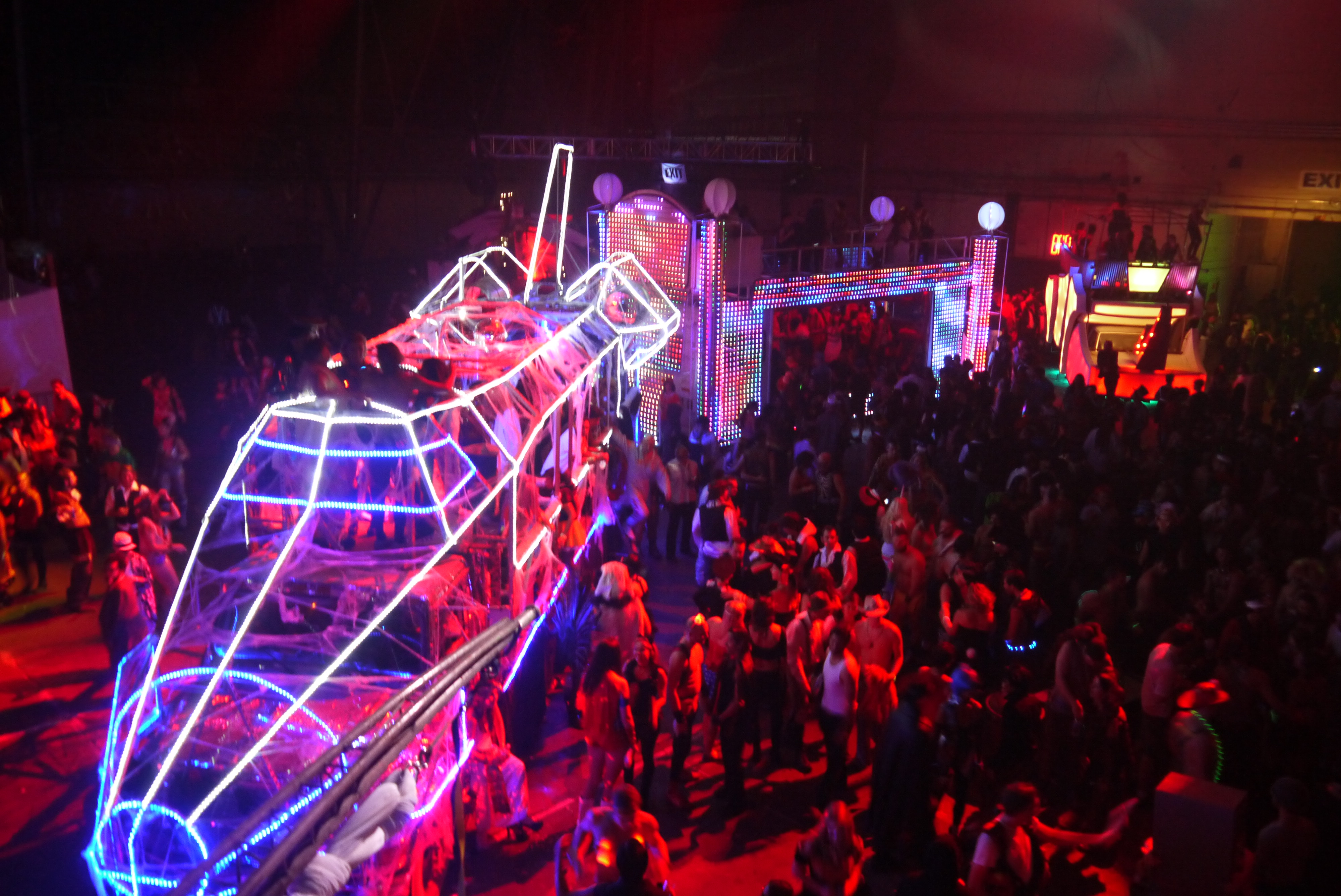 a magical night: ghost ship halloween |